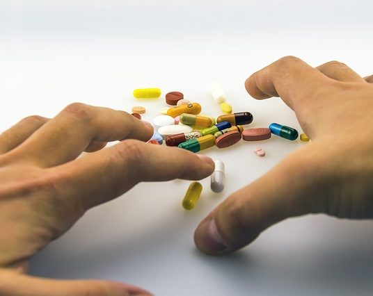 (Français) La France n'est plus le pays qui consomme le plus d'antidépresseurs mais…