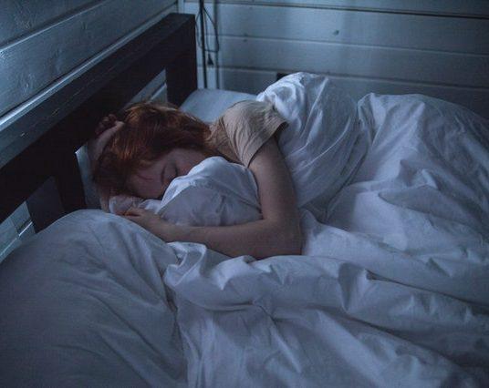 (Français) Traiter la paralysie du sommeil grâce à la thérapie EMDR